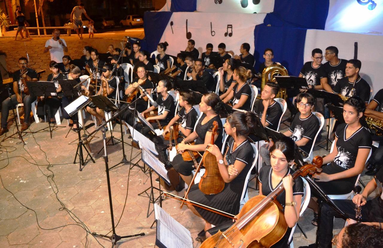 Orquestra Sinfônica Granada do Tocantins encerra semestre letivo com apresentação em Paraíso (TO)