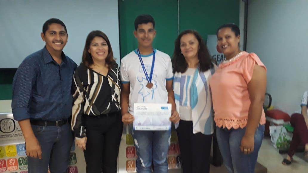 Aluno de Paraíso do Tocantins é premiado com medalha na Olmpíada Brasileira de Matemática