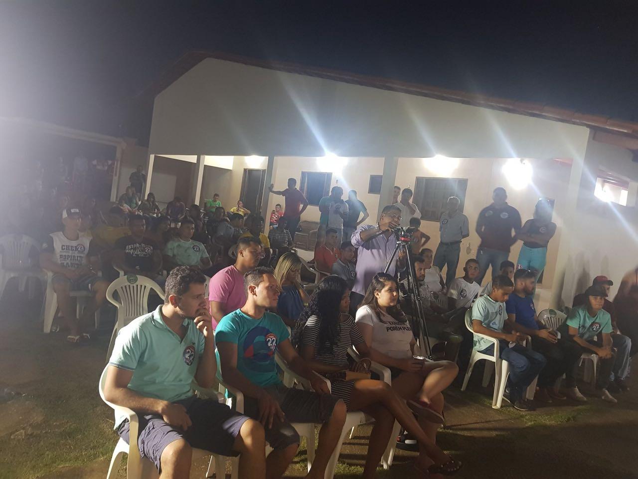 Em Colinas, Vicentinho anuncia interiorização da Unitins e criação da Secretaria da Juventude