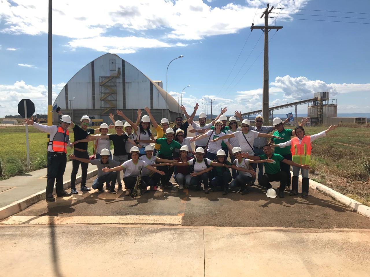 VLI promove Braços Abertos no Terminal Integrador de Porto Nacional