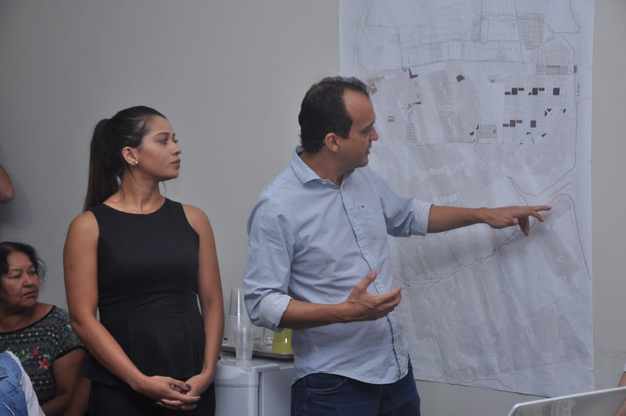 Prefeito de Porto Nacional apresenta projeto para nova orla de Luzimangues