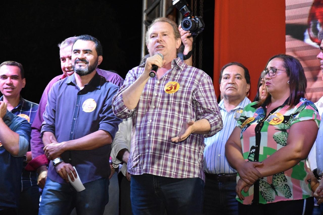 Carlesse diz que o povo não quer ofensas entre candidatos e defende campanha propositiva