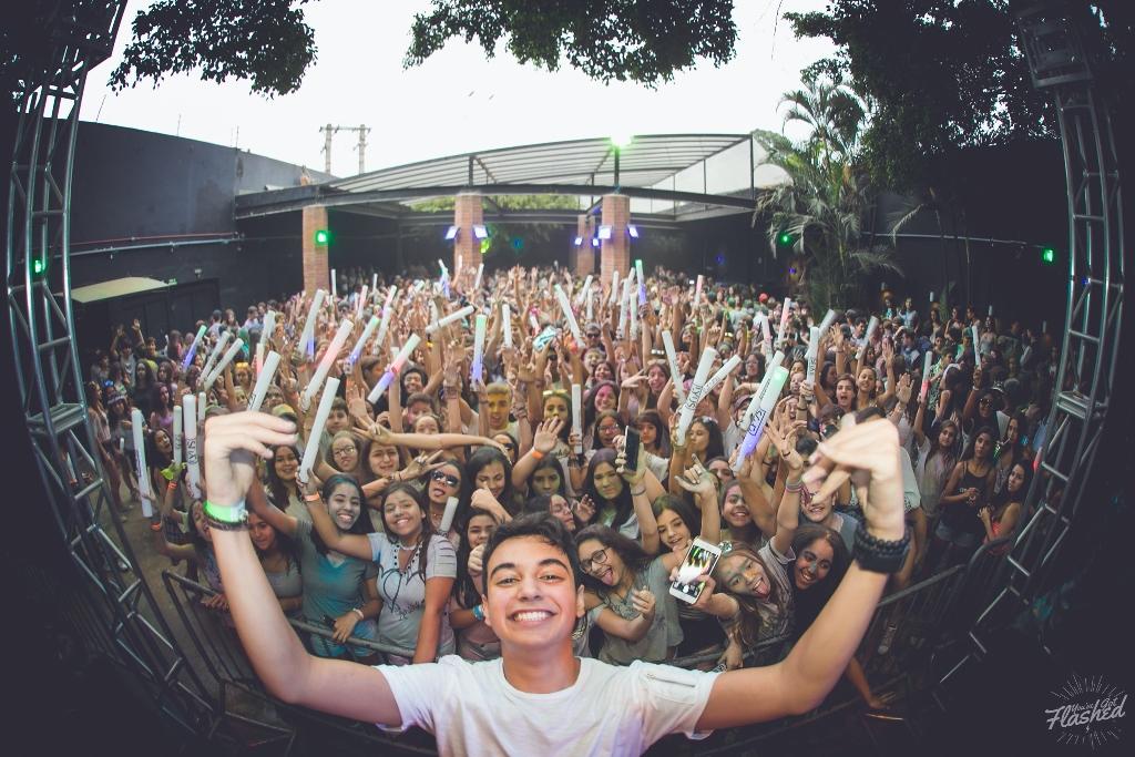 DJ e produtor Lyus lança 'Hope Right Now', música em homenagem aos refugiados e que tem como inspiração Alok e Martin Garrix