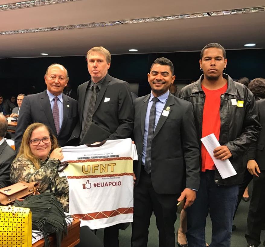 Com forte apoio de Lázaro Botelho, PL que cria a UFNT é aprovado em Comissão da Câmara dos Deputados