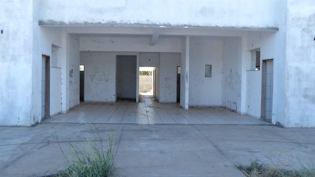 Obra de unidade de saúde segue sem conclusão há três anos em Luzimangues
