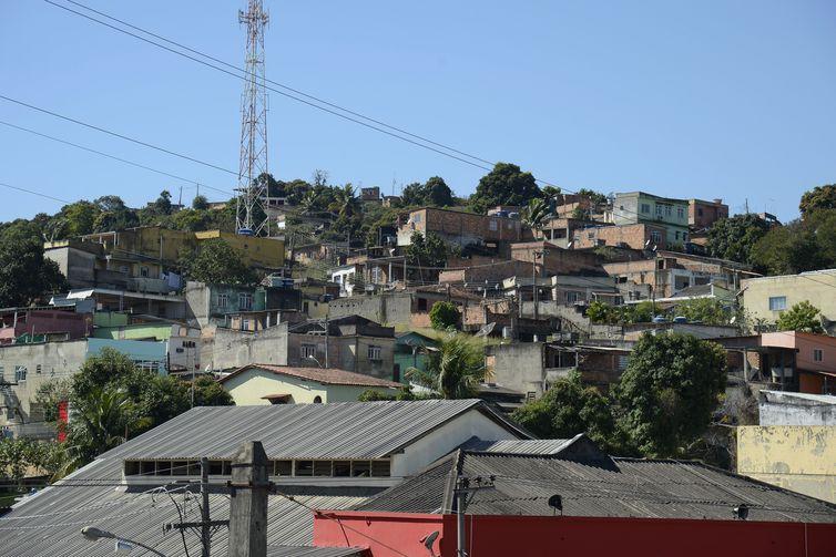 Cidade mais violenta do país, Queimados não tem hospital e emprego
