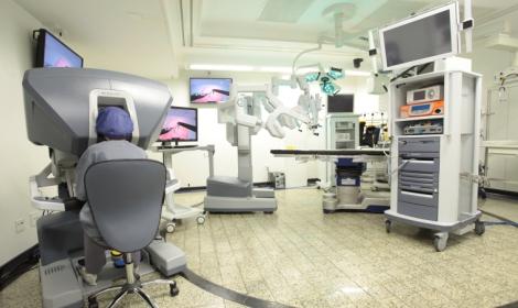 Hospital 9 de Julho adquire o seu terceiro robô para cirurgias robóticas e simulador inédito na América Latina