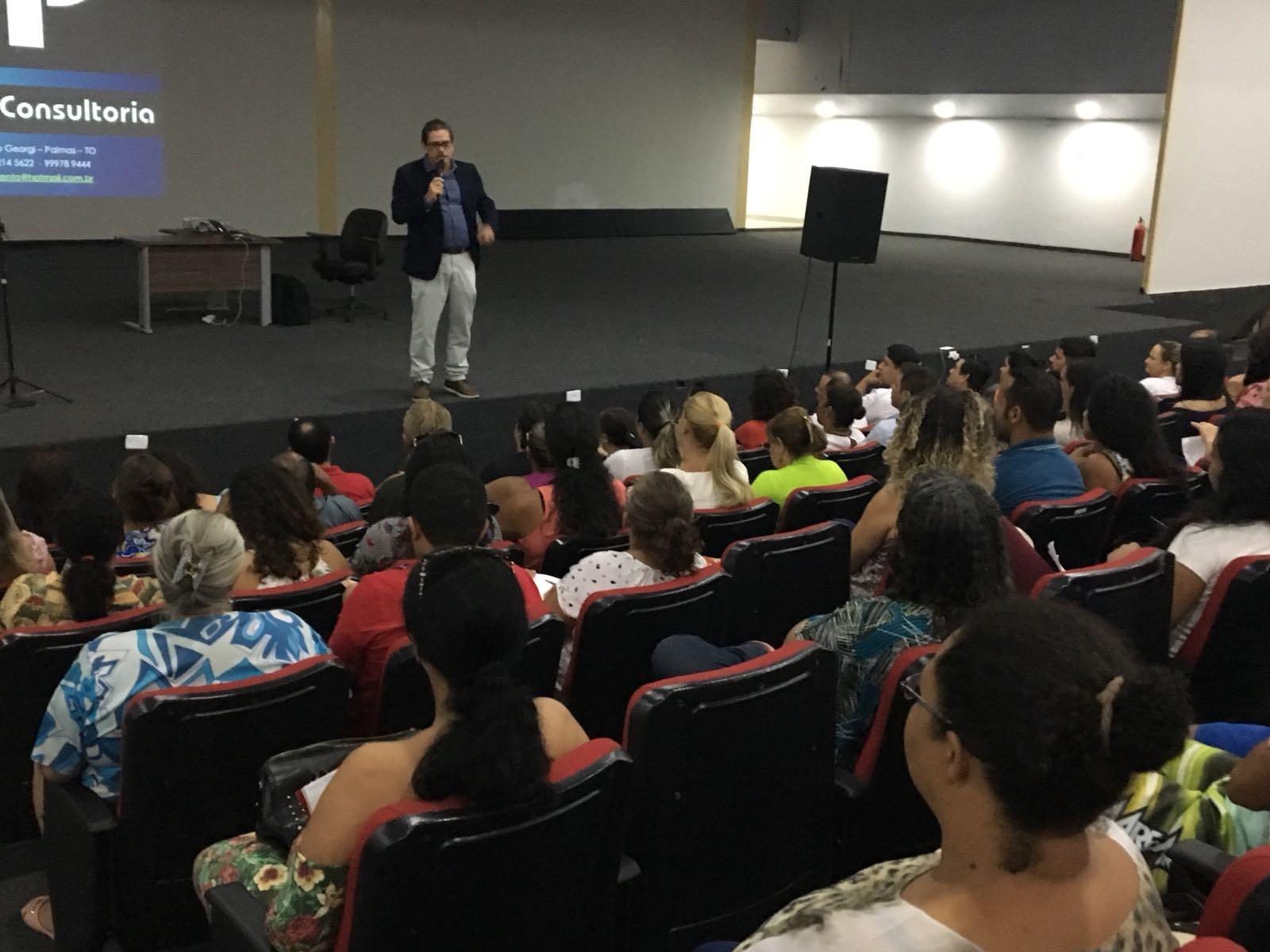 Participantes do 12º Festival Gastronômico de Taquaruçu recebem noções básicas de empreendedorismo