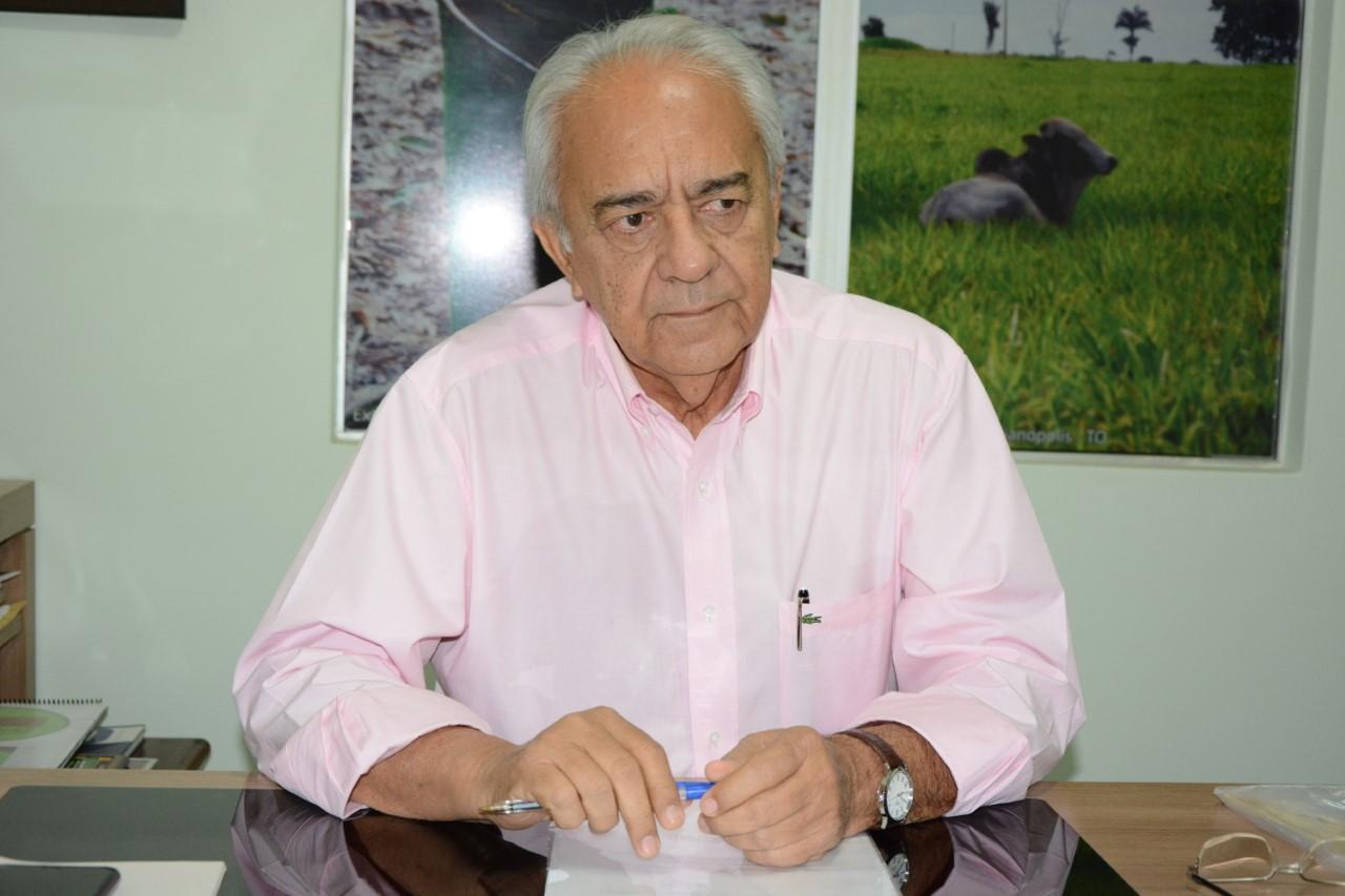Em reunião com governador, prefeito Moisés Avelino trata sobre pavimentação asfáltica de Paraíso