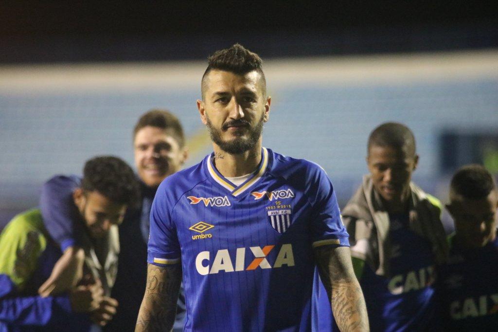 Para retornar ao G-4 da Série B, Marquinhos Silva pede Avaí 'atento' diante do Sampaio Corrêa