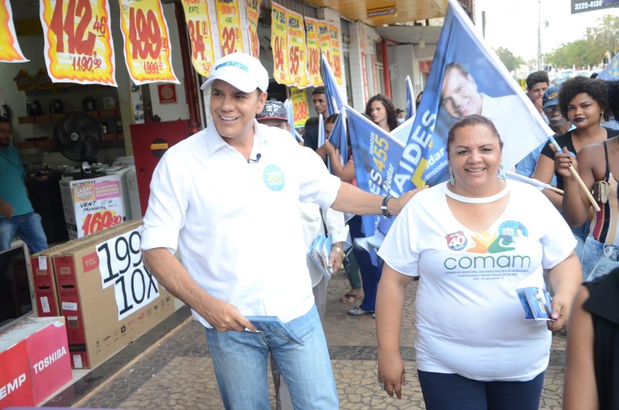 Ataídes participa de caminhada em Taquaralto