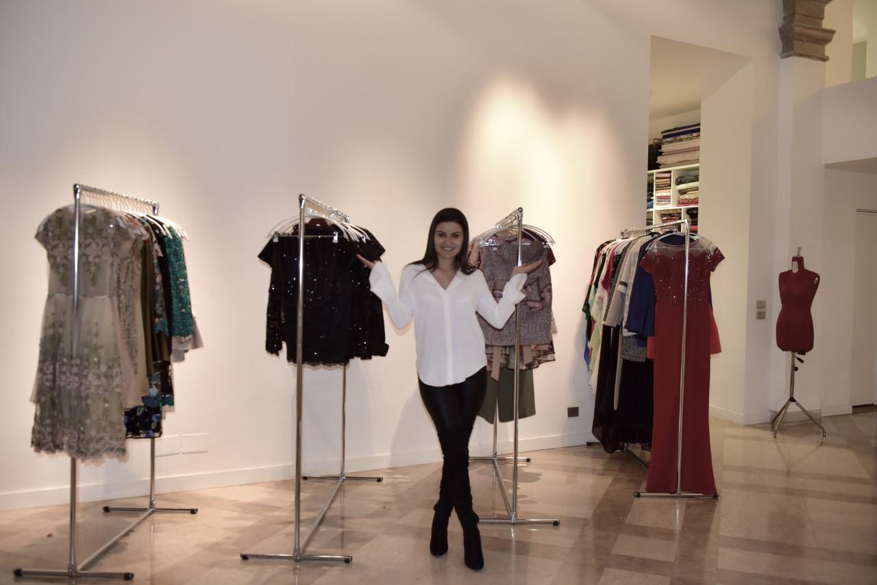 A estilista amazonense Daniela de Souza vive seu sonho de Cinderela em Milão