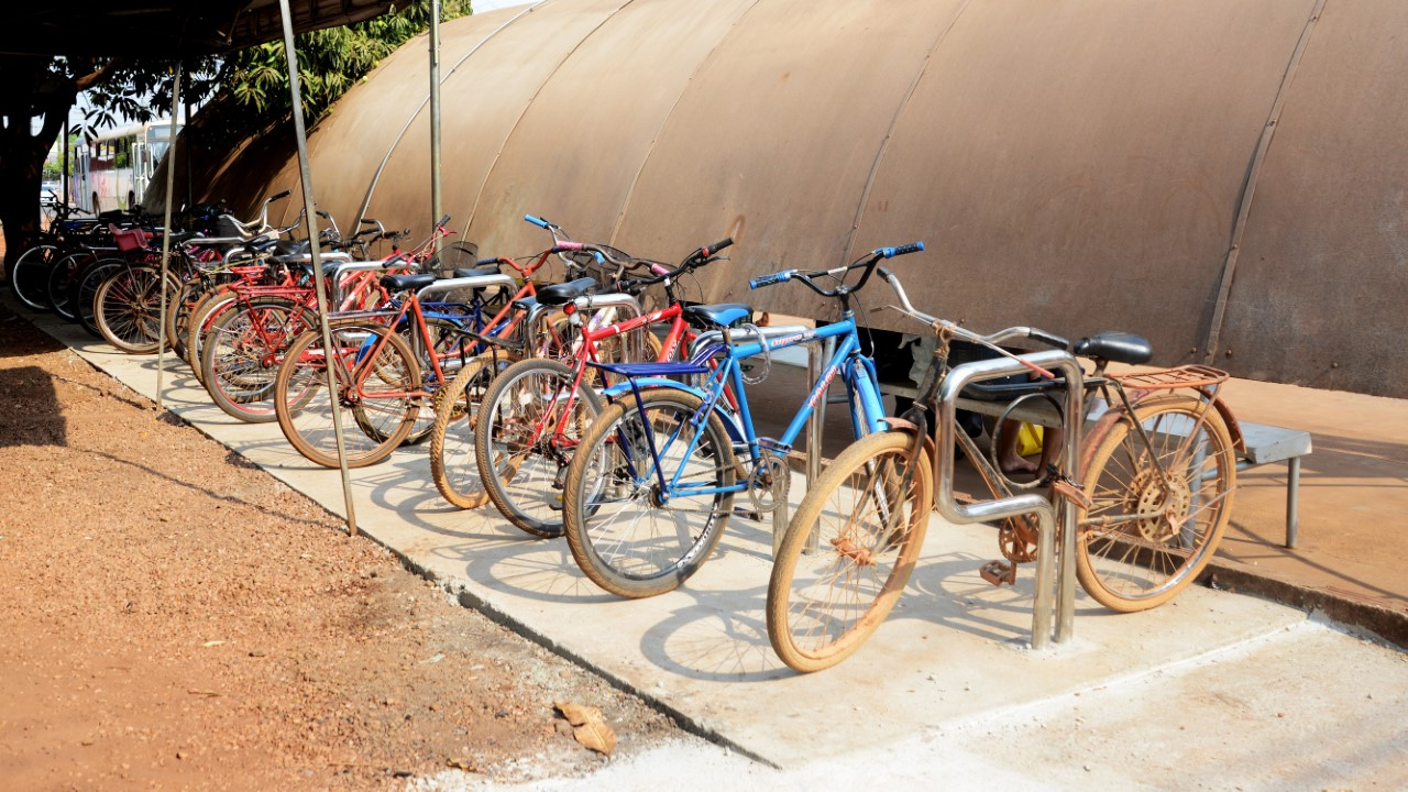 Dia Mundial Sem Carro é celebrado em Palmas com entrega de 20 bicicletários e passeio ciclístico
