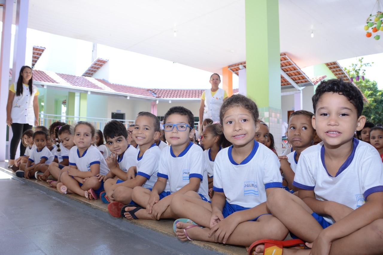 Profissionais de escolas e Cmeis de Palmas trocam experiências no Circuito A de Aprendizagem da Infância