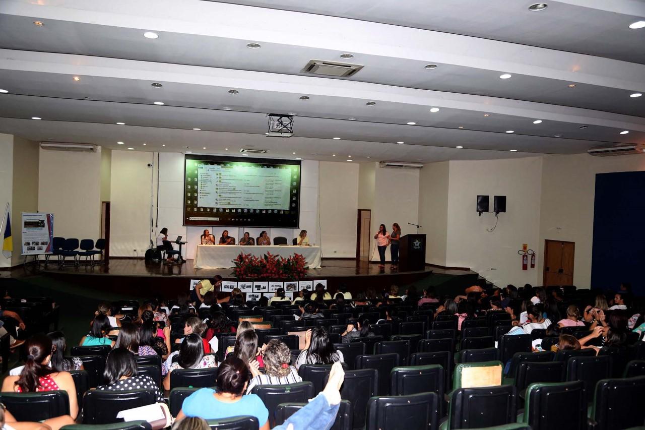 Professores encerram Seminário Estadual do Pnaic com apresentação de experiências exitosas
