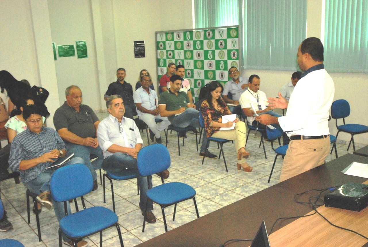 Delegados e supervisores da Adapec discutem programas sanitários da área animal