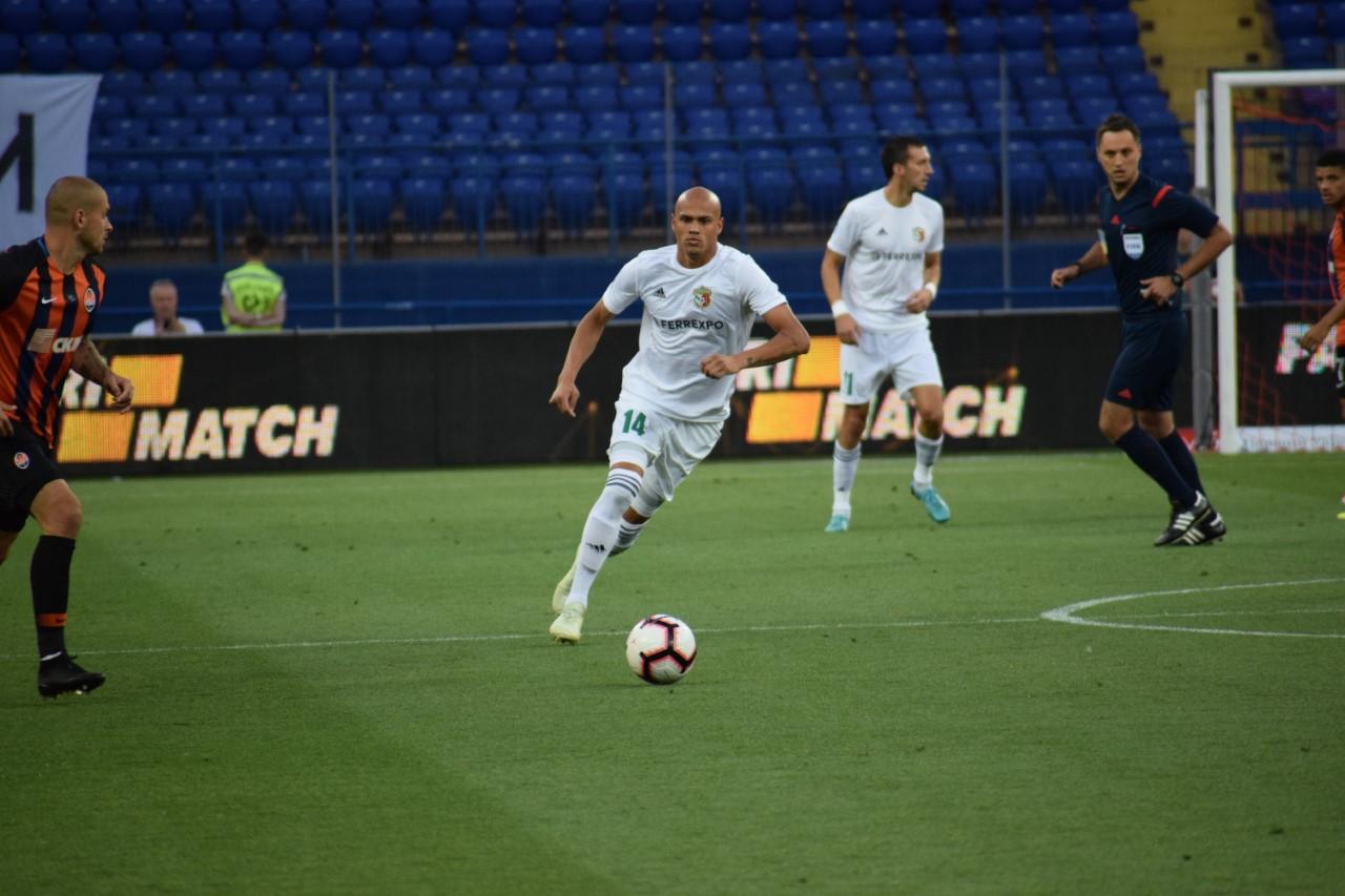 Nicolas Careca projeta jogo contra o Arsenal pela Liga Europa