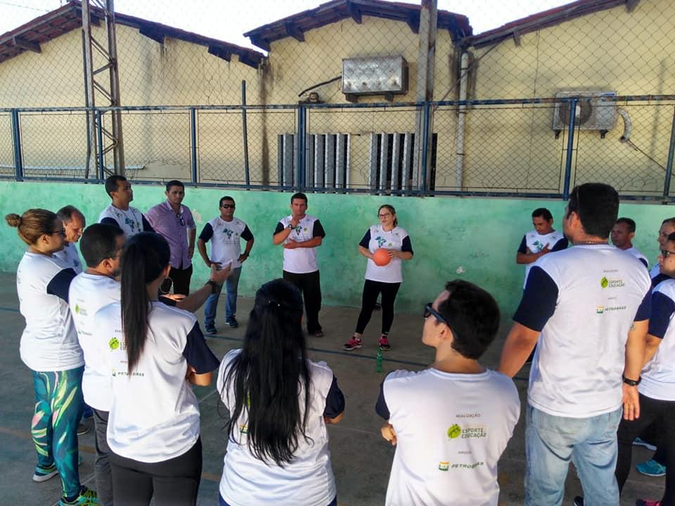Profissionais de Araucária(PR) são capacitados em esporte educacional por projeto do IEE e Petrobras