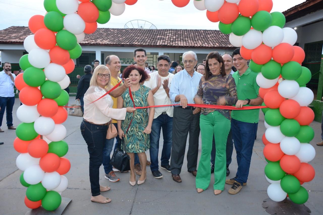 Moisés Avelino e Celso Morais inauguram ampliação de escola no Setor Milena