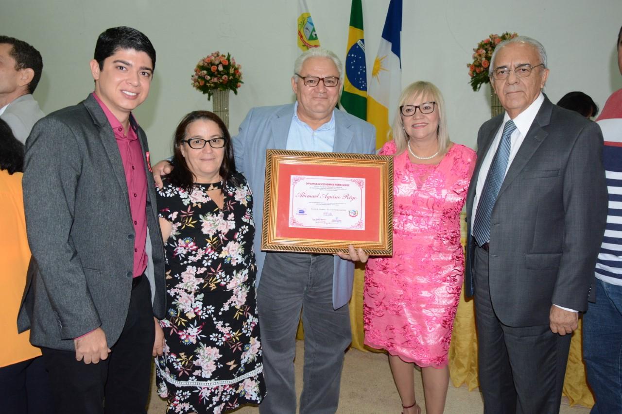 Moisés Avelino e Celso Morais prestigiam entrega dos Títulos de Cidadania Paraisense