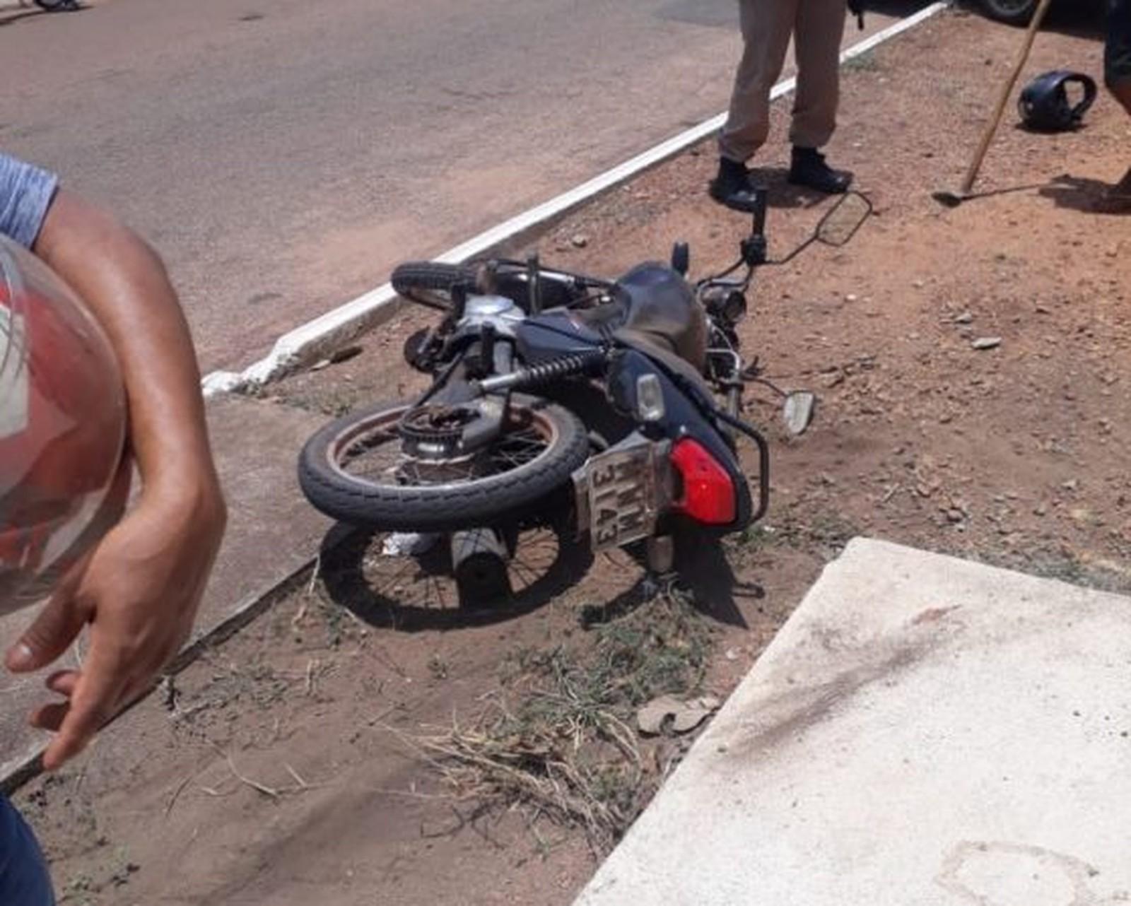 Jovem é morto com vários tiros após ser perseguido por carro