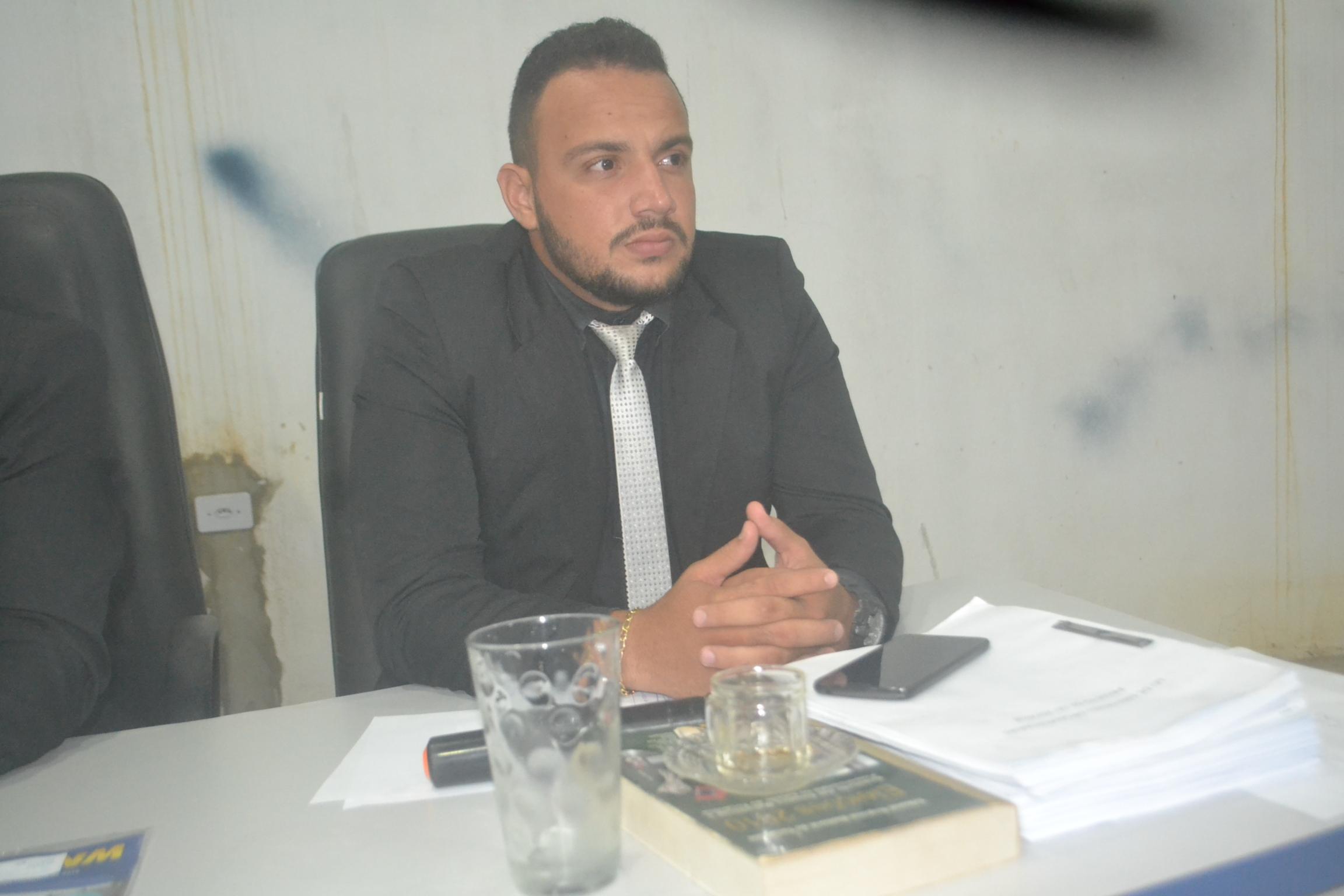 Vereador de Divinópolis volta cobrar do executivo cumprimento de requerimentos de sua autoria