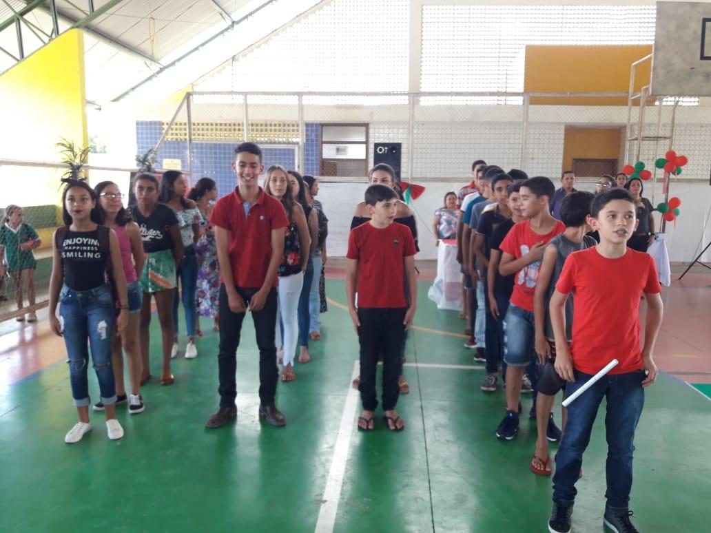 Escola municipal de Monte Santo (TO) comemora seu 36º aniversário