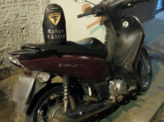 PM apreende adolescente e recupera mais uma moto furtada em Araguaína