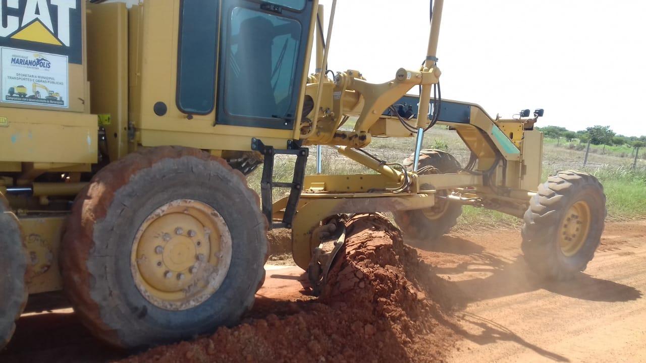 Em Marianópolis (TO), estradas da região do Manchete recebem serviços de recuperação