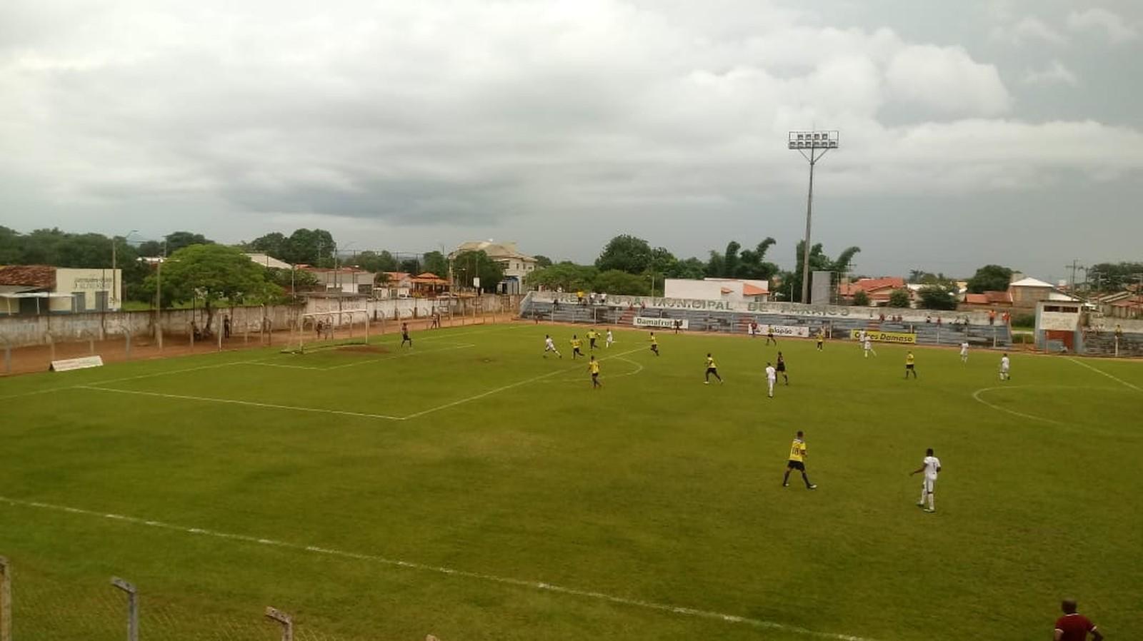 Meio-campista do Atlético Cerrado diz que duelo é de 180 minutos e não acabou ainda