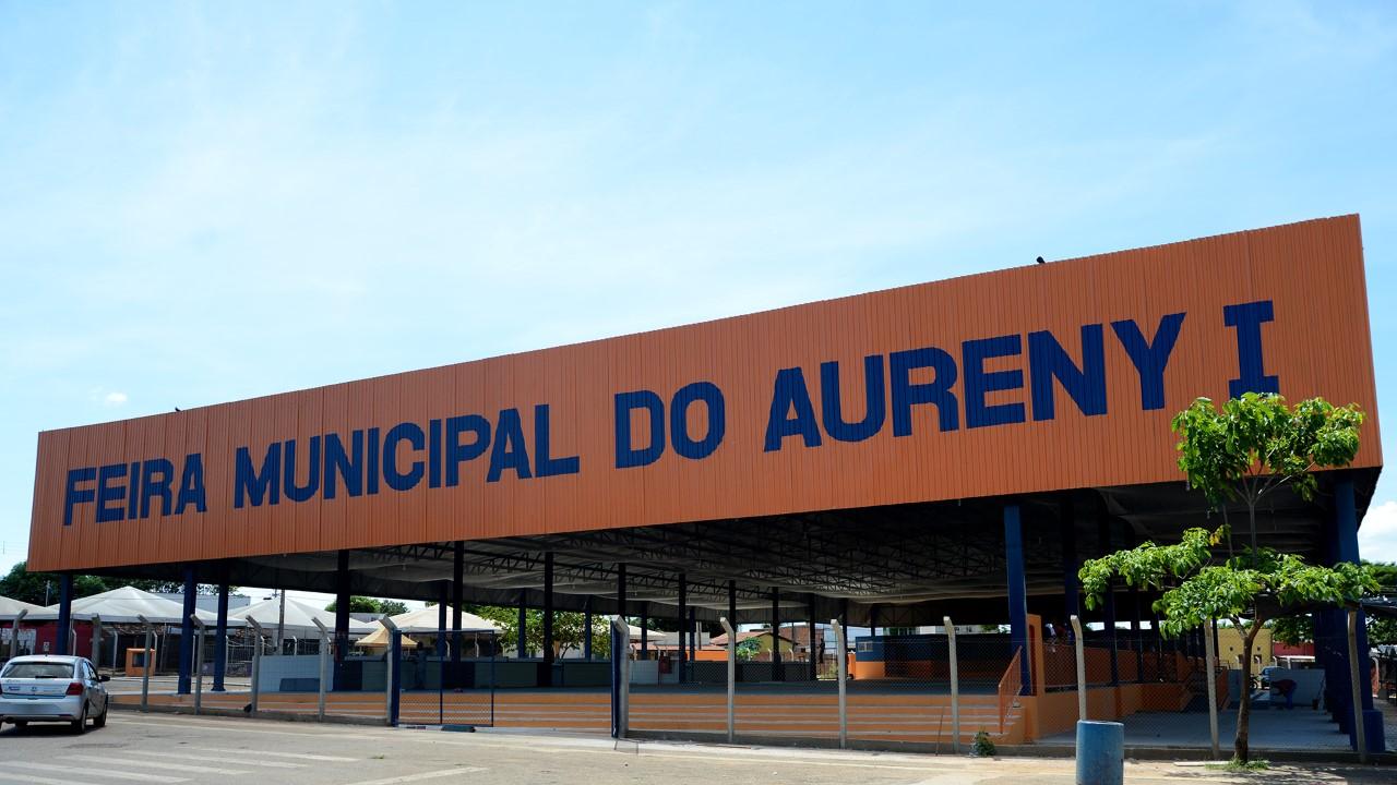 Obras de reforma da Feira Municipal do Aureny I estão em fase de conclusão