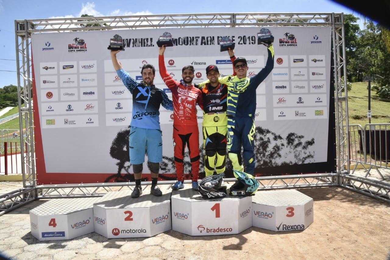 Renato Rezende é vice-campeão da Copa América de Downhill 4X