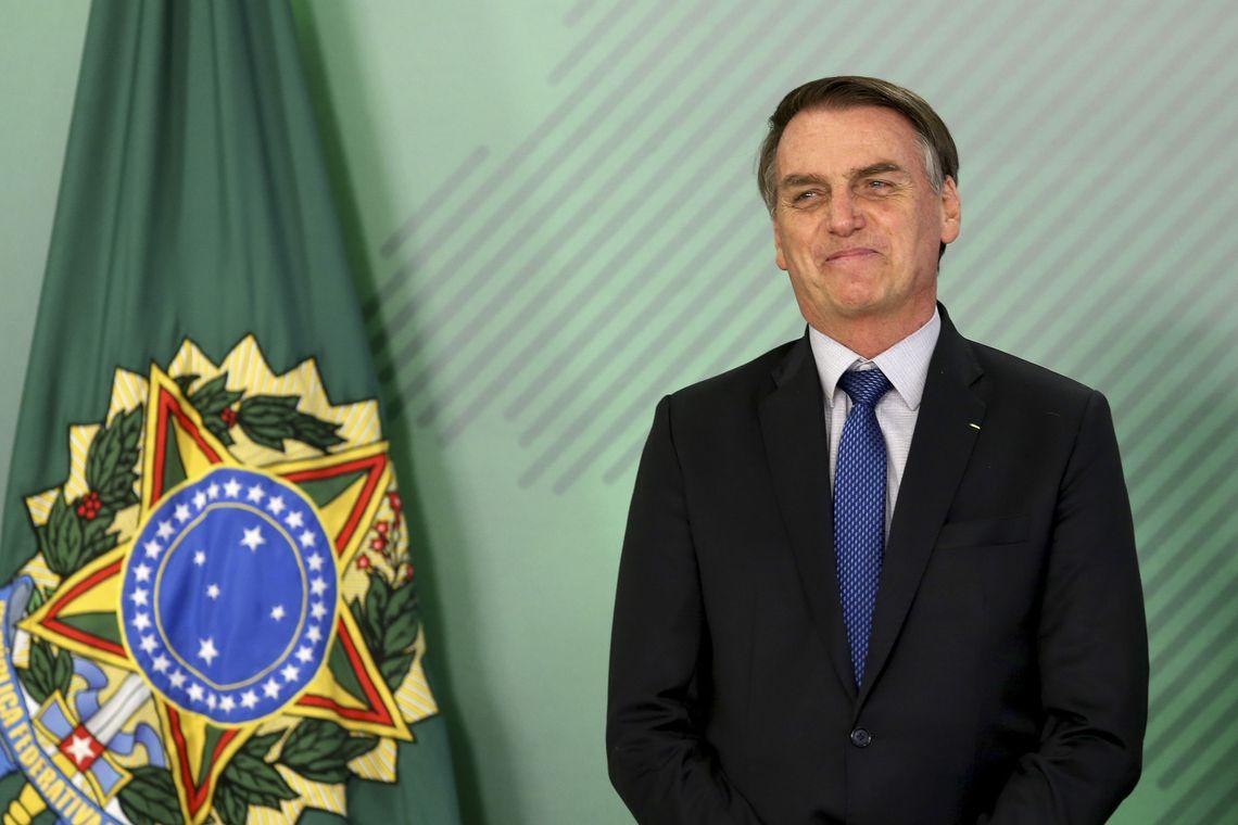 Bolsonaro faz ato no Planalto para celebrar 100 primeiros dias de governo