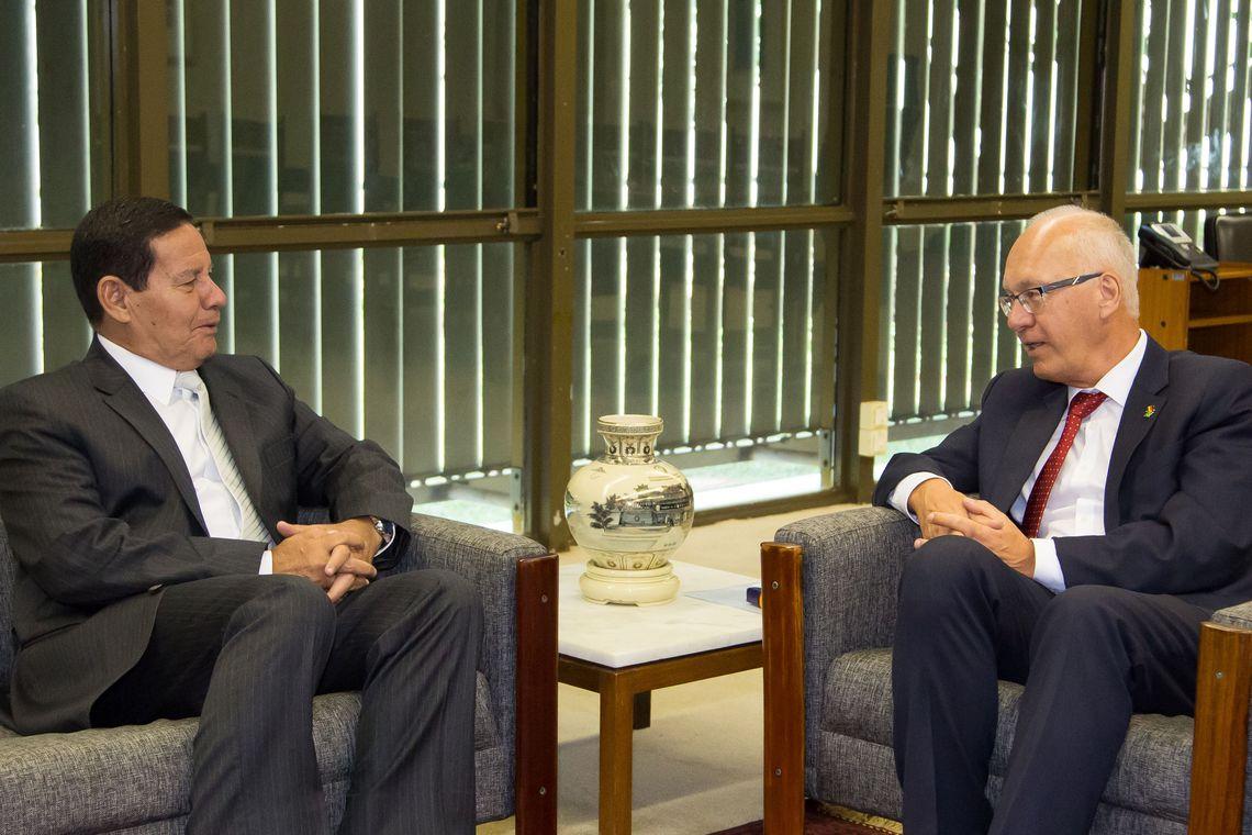 Embaixador alemão sugere ao governo brasileiro que detalhe ações