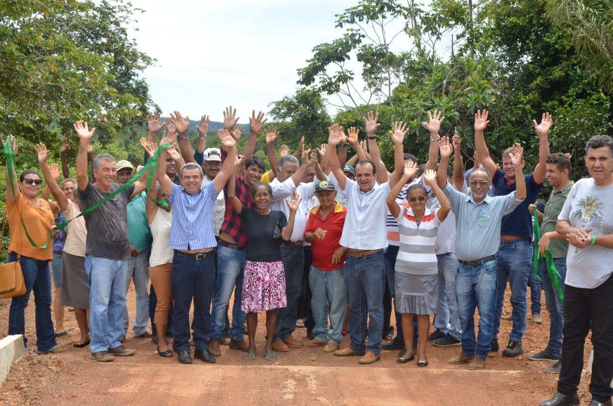 Joaquim Maia entrega ponte, bueiros e recuperação de estradas no Assentamento Pau D'Arco em Porto Nacional