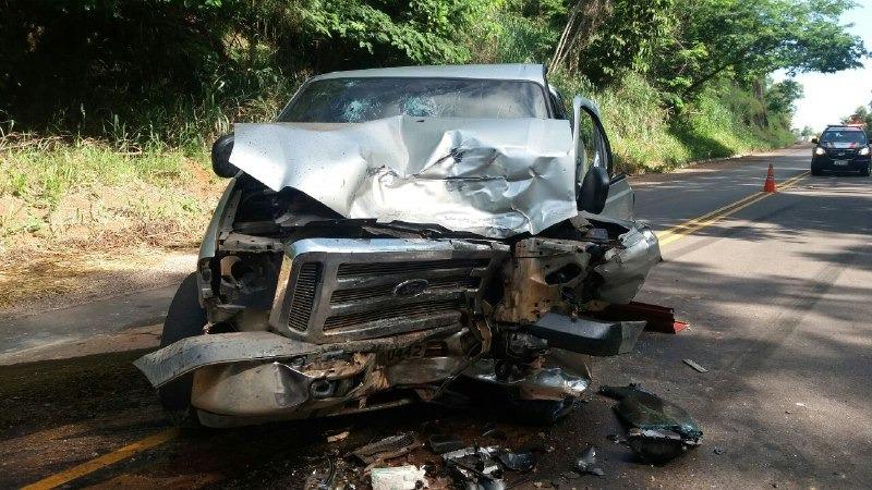Ultrapassagem indevida provoca grave acidente na BR-153 em Barrolândia