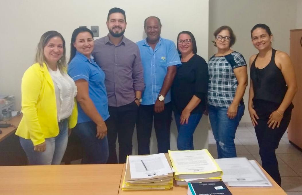Equipe da secretaria de Assistência Social e Habitação de Lagoa da Confusão (TO) é recebida pelo novo promotor de justiça