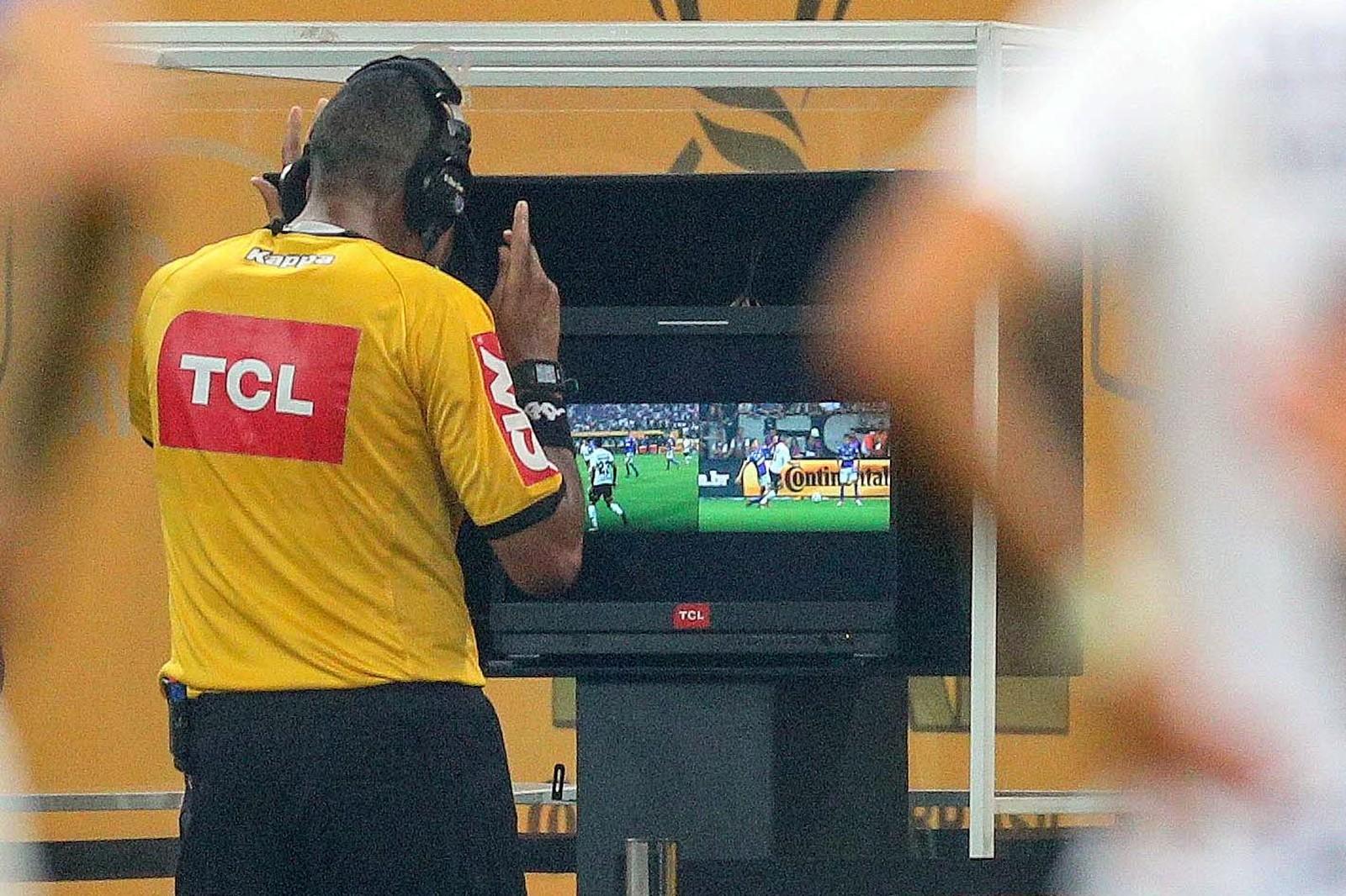 Clubes aprovam por unanimidade, e Campeonato Brasileiro terá VAR em todos os jogos