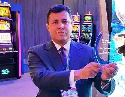 Advogado brasileiro recebe premiação na maior feira de jogos e apostas do mundo