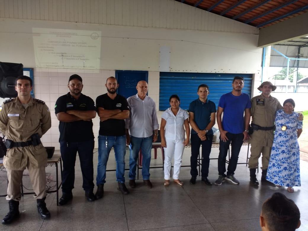 Forças de Segurança capacitam comunidade e criam Conselho Comunitário de Segurança em Carmolândia