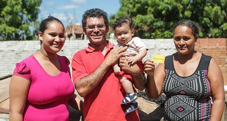 Bolsa Família repassa R$ 2,6 bilhões de reais aos beneficiários em fevereiro