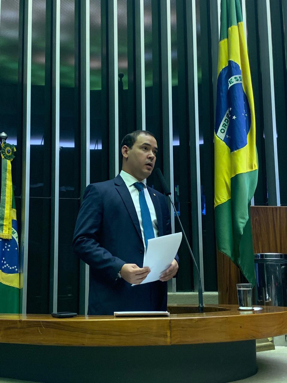 Vicentinho Júnior pede a Rodrigo Maia agilidade na deliberação sobre o Projeto de Lei que beneficia portadores de lúpus