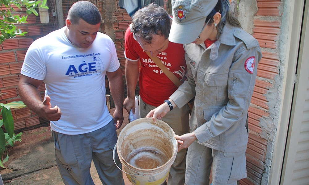 Médicos e enfermeiros participam de capacitação sobre arboviroses
