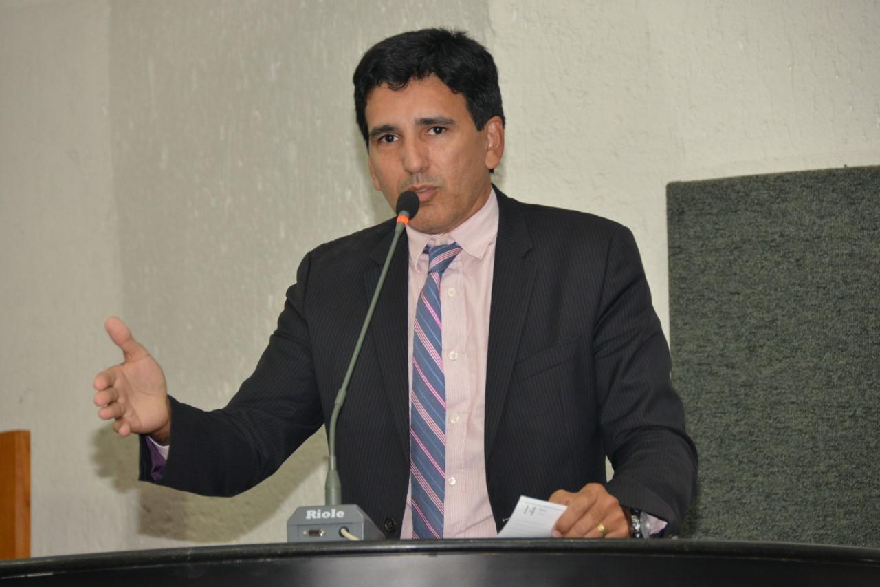 Prof. Júnior Geo propõe PL que obriga operadoras de planos de saúde a justificar as negativas de cobertura