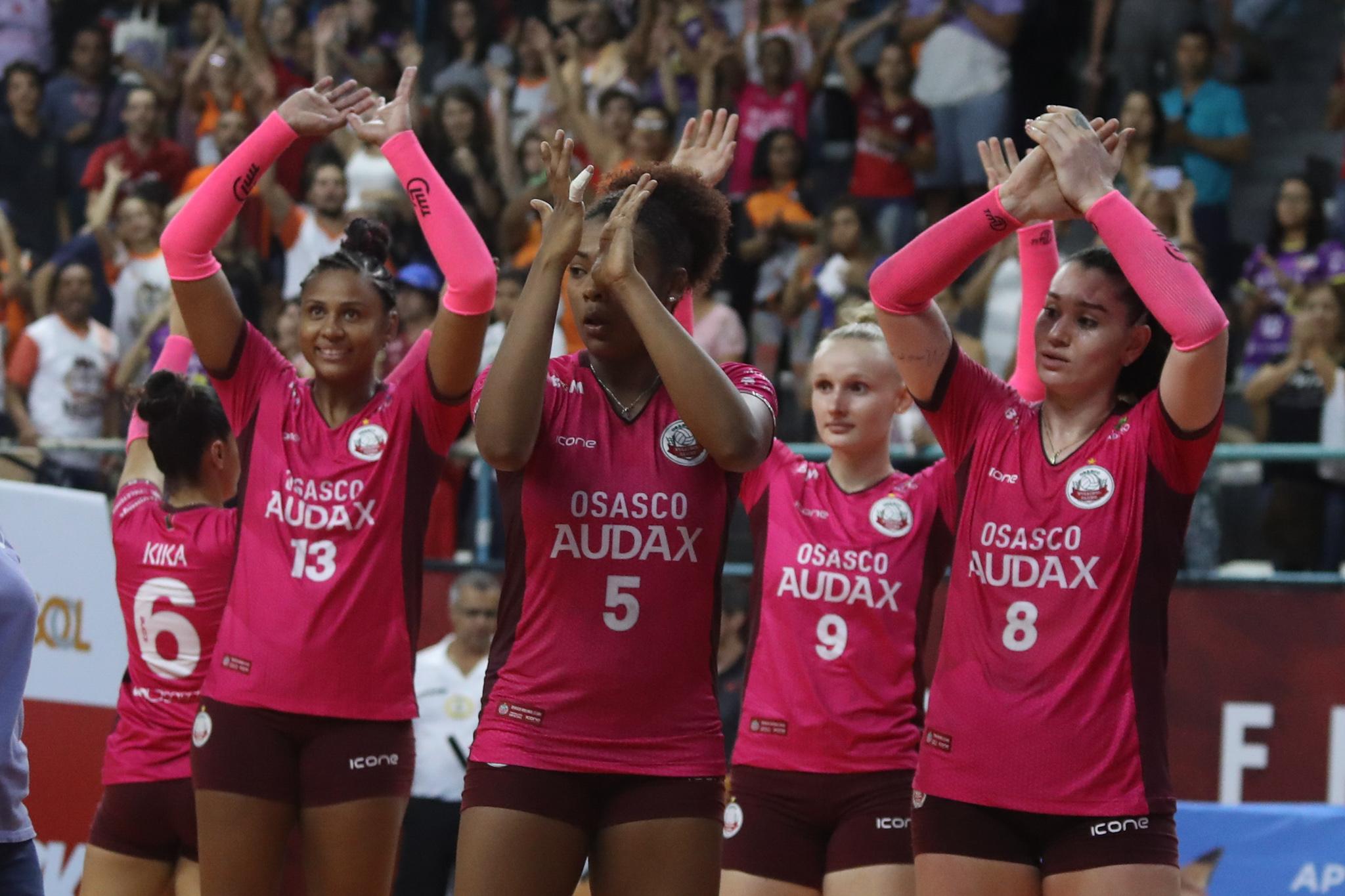 Vôlei Osasco-Audax abre playoff das quartas de final contra Barueri nesta terça-feira (19)