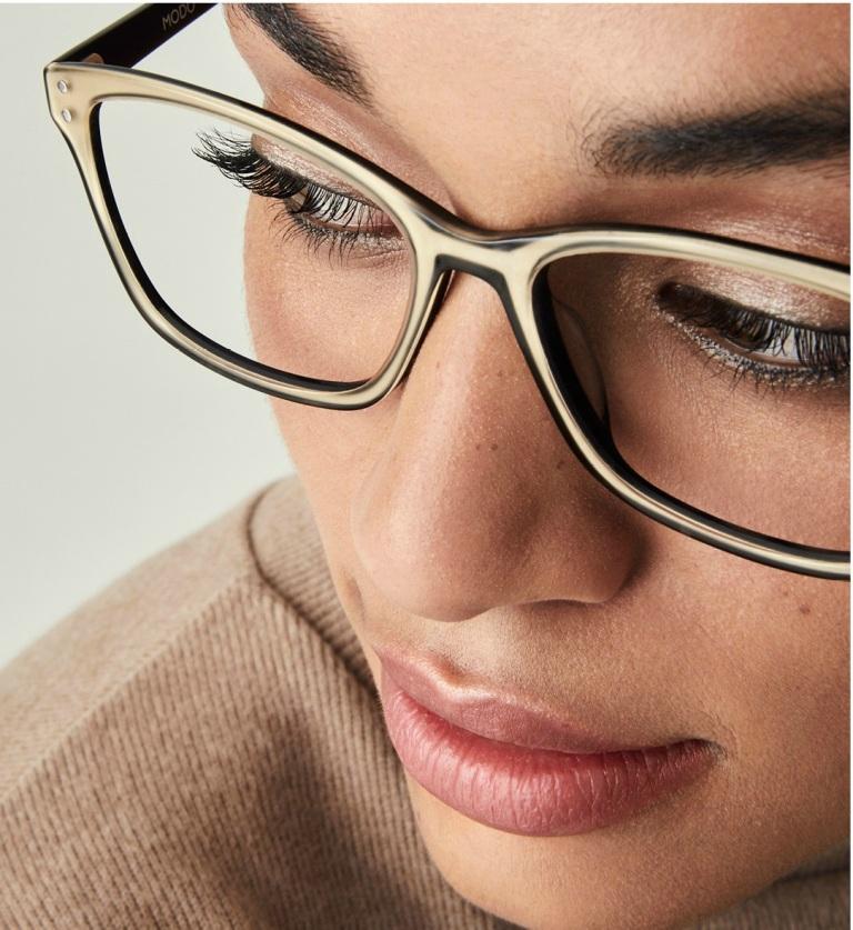 Sete dicas para cuidar bem das lentes dos óculos de grau e de sol