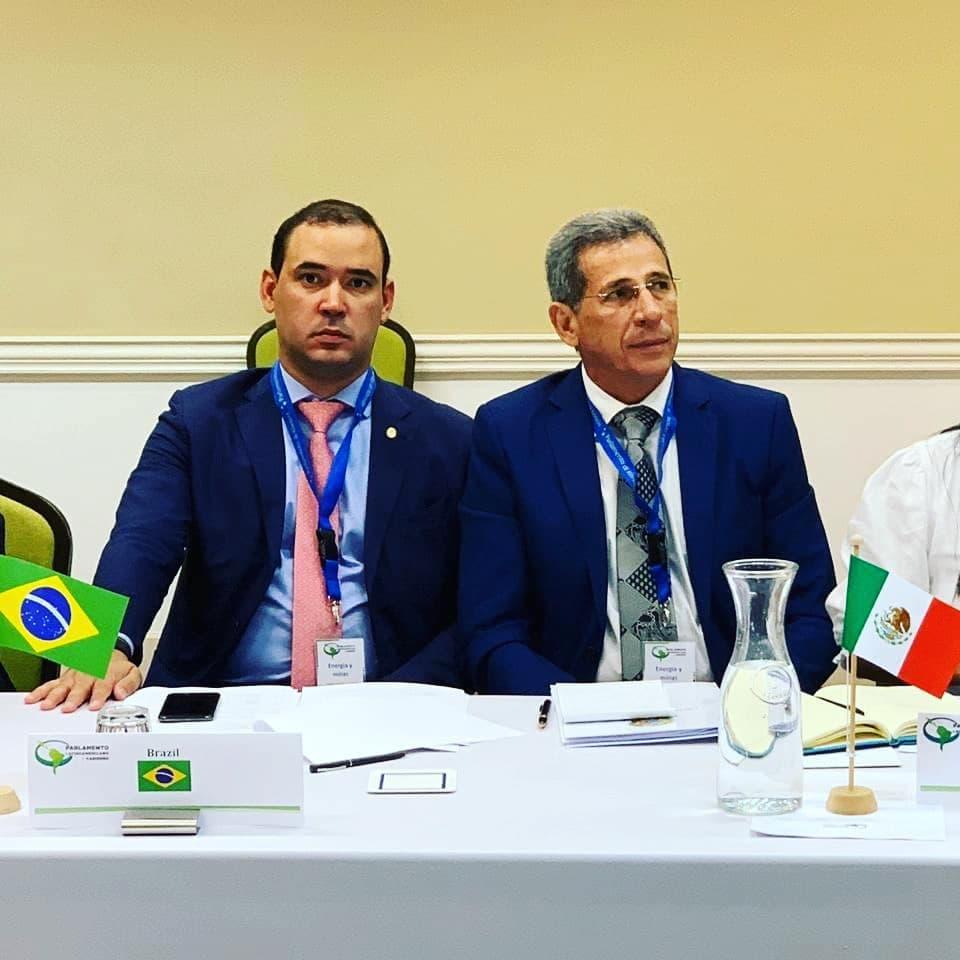 Parlamentares da América Latina discutem ações de integração regional com foco no desenvolvimento sustentável