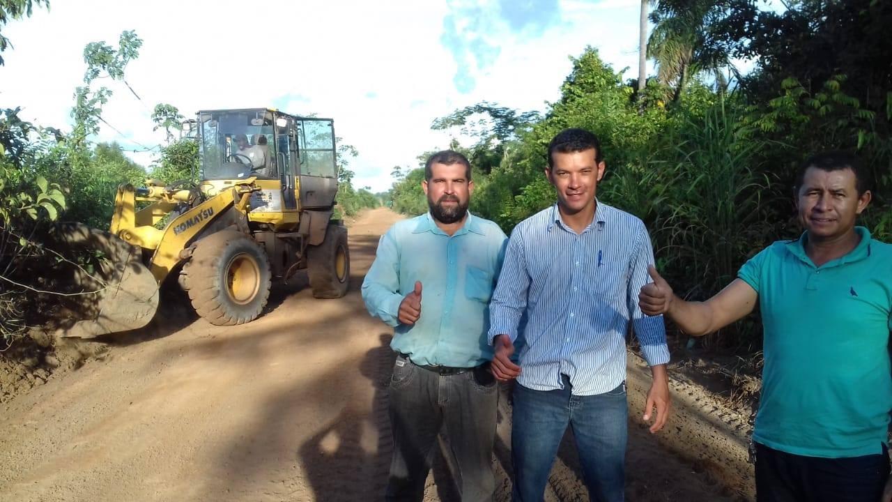 Prefeito Isaias Piagem visita obras na zona rural de Marianópolis