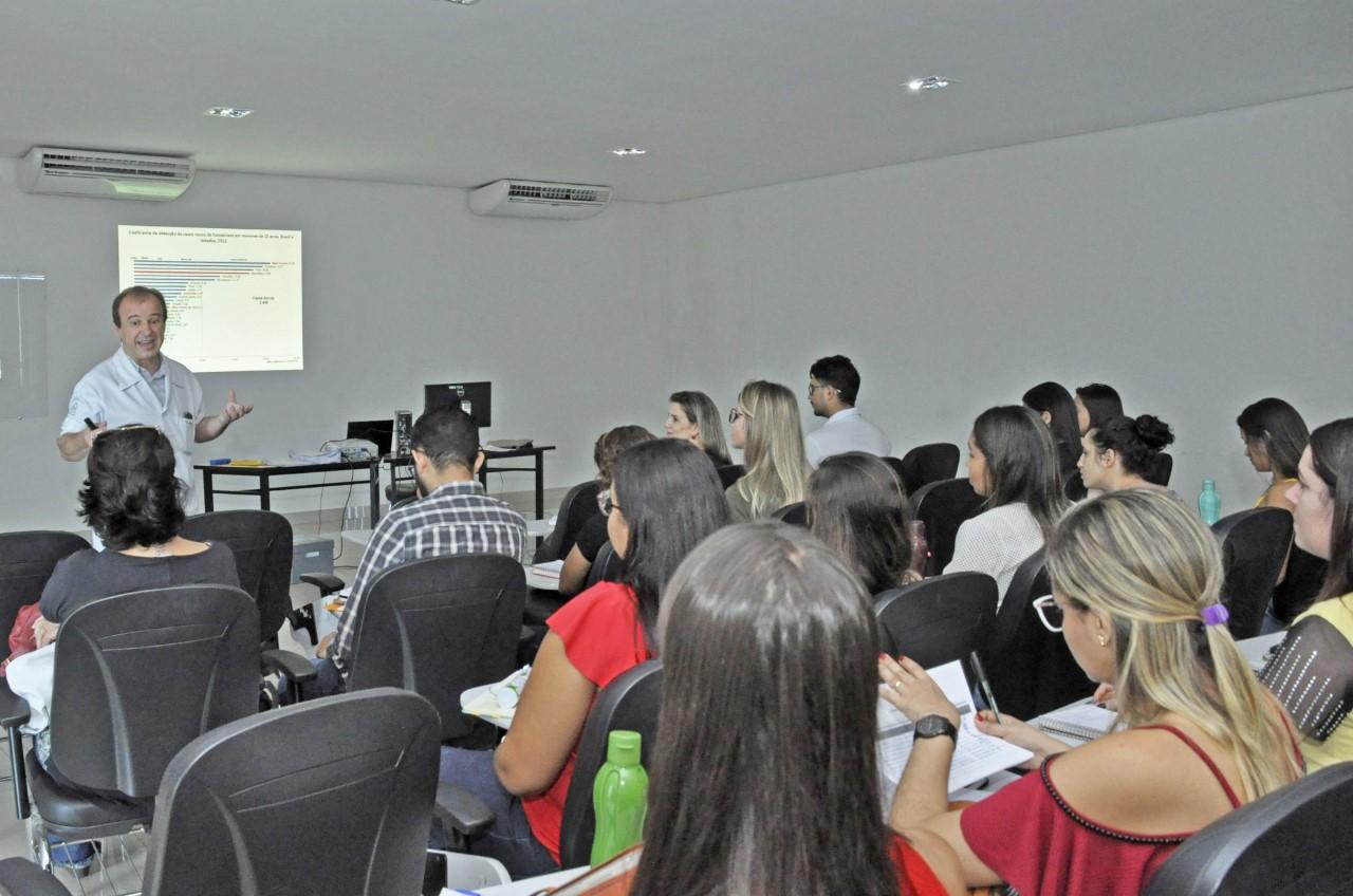 Novos profissionais da rede de saúde de Palmas participam de curso sobre hanseníase