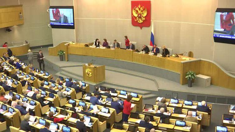 Parlamento russo aprova texto que limita uso da internet
